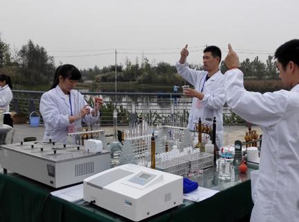 上海质监局开展空气质量检测活动 空气检验哪家强?